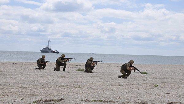 Украинские пограничники десантировались на остров в рамках Sea Breeze. Архивное фото