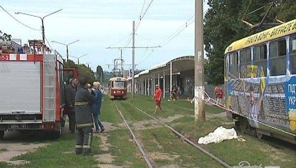 В Харькове мужчина попал под трамвай