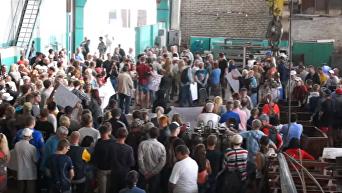 В Харькове потребовали от Рады и Порошенко восстановить торговлю с Россией. Видео
