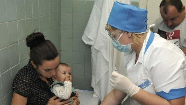 Вакцинация детей в Украине. Архивное фото