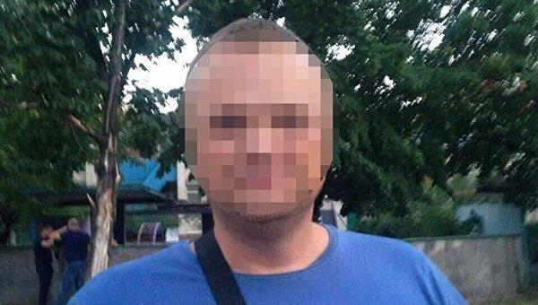 В Киеве задержали трех человек, издевавшихся над несовершеннолетней