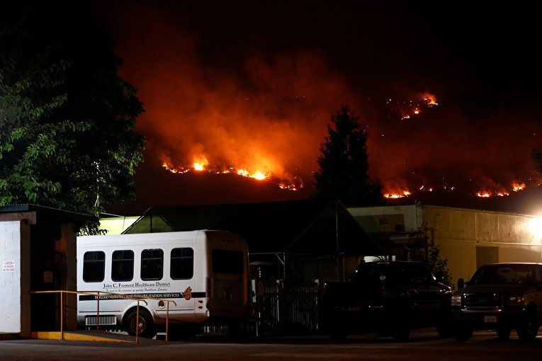 Масштабные лесные пожары в Калифорнии
