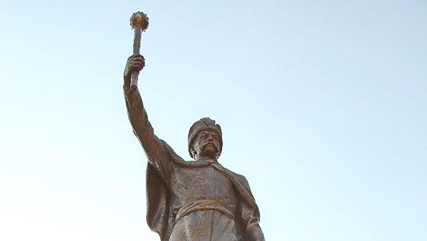 Памятник Мазепе в Харьковской области