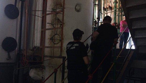 Обыски проходят более чем на 40 спиртзаводах в Украине
