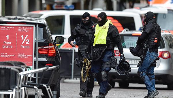 В Швейцарии мужчина с бензопилой устроил резню: есть раненые