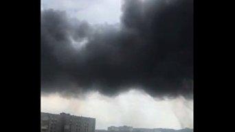 Во Львове горит инструментальный завод. Видео