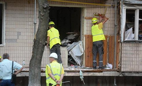 Последствия взрыва в жилом доме в Киеве