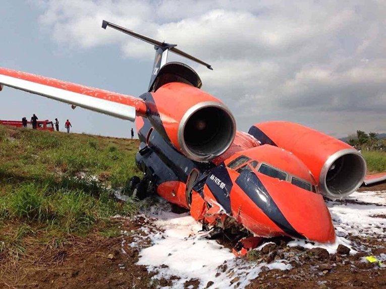 Крушение украинского грузового самолета Ан-74 украинской авиакомпании Cavok Air на острове Сан-Томе и Принсипи в Центральной Африке, 29 июля 2017
