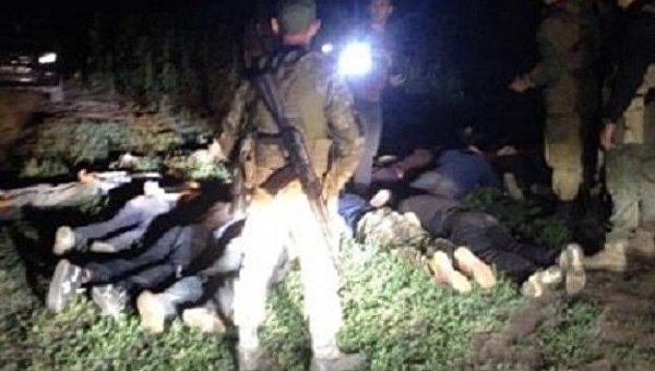 Харьковские таможенники сострельбой задержали 13 человек, пытавшихся пересечь границу сРоссией
