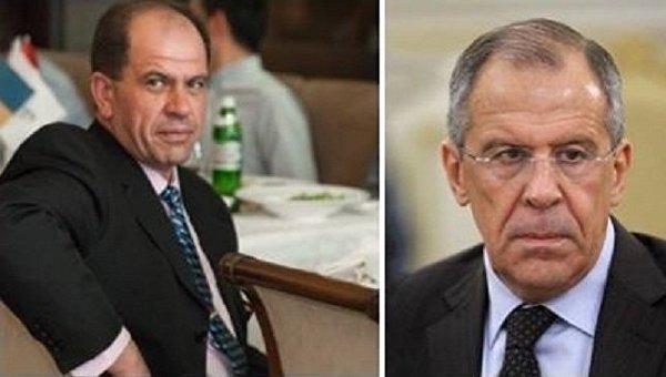 Украинский пилот Александр Акопов и министр иностранных дел России Сергей Лавров