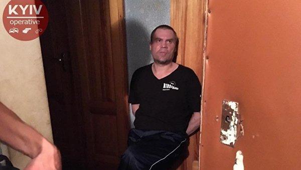 В Киеве пьяный мужчина избил свою мать до смерти