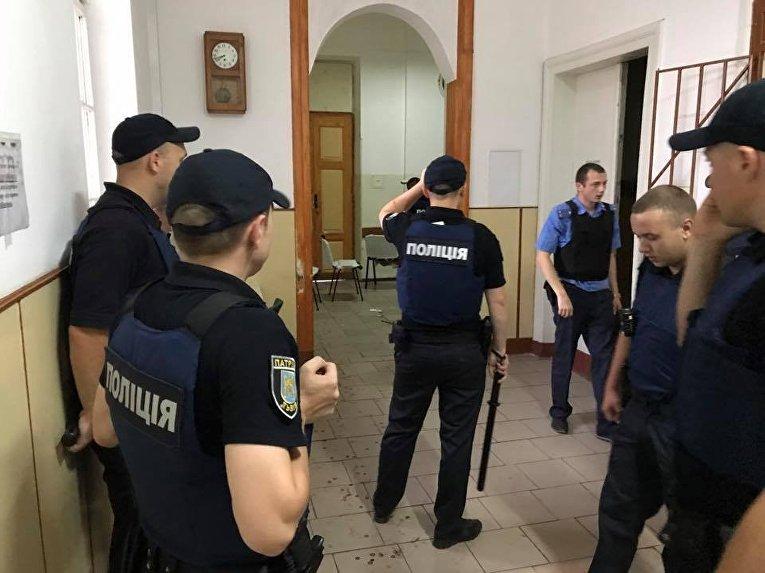 Штурм полиции в львовской психбольнице