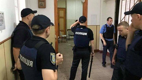 На месте резни в психбольнице Львова