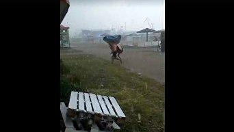 В Скадовске прошел мощный ураган