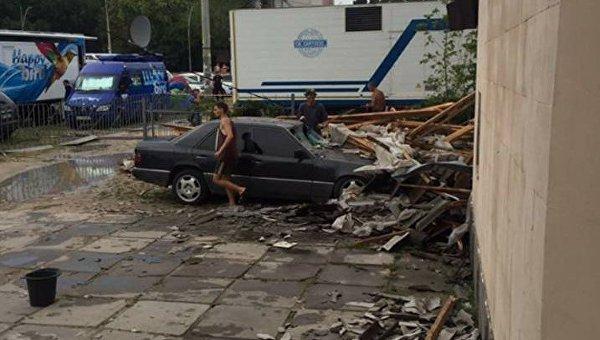 В Скадовске в результате непогоды пострадала гостиница Black Sea