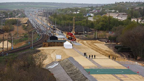Строительство двухпутной электрифицированной железной дороги в обход Украины на участке Журавка-Миллерово в Воронежской области. Архивное фото