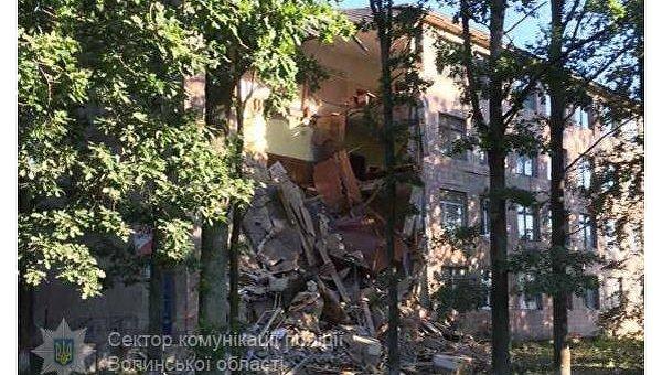 Обвал колледжа в Волынской области