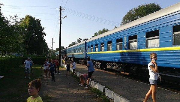 Задымление локомотива пассажирского поезда в Ивано-Франковской области, 10 августа 2017