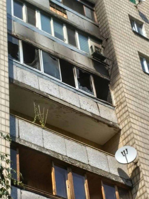 На месте пожара в многоэтажке в Киеве