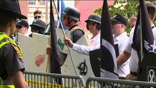 Марш ультраправых в городе Шарлоттсвилл, штат Виргиния