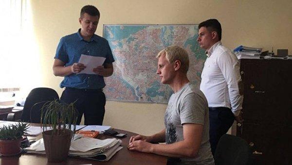 Виталию Шабунину оглашают подозрение