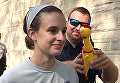 Испытания игрушечной курицей в полицейской академии в США