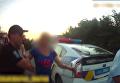 Появилось видео дебоша пьяного атошника-дезертира. Видео