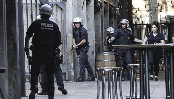 Новый теракт. Под Барселоной ликвидированы террористы, врезавшиеся в толпу