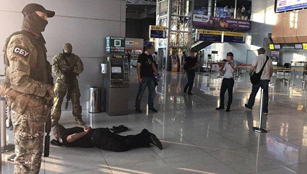 СБУ разоблачила на взятках руководство и сотрудников отделения полиции международного аэропорта Харьков