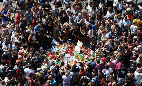 Акция памяти жертв теракта в Барселоне