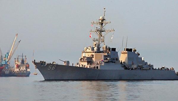 Стали известны детали столкновения эсминца ВМС США и судна Alnic MC