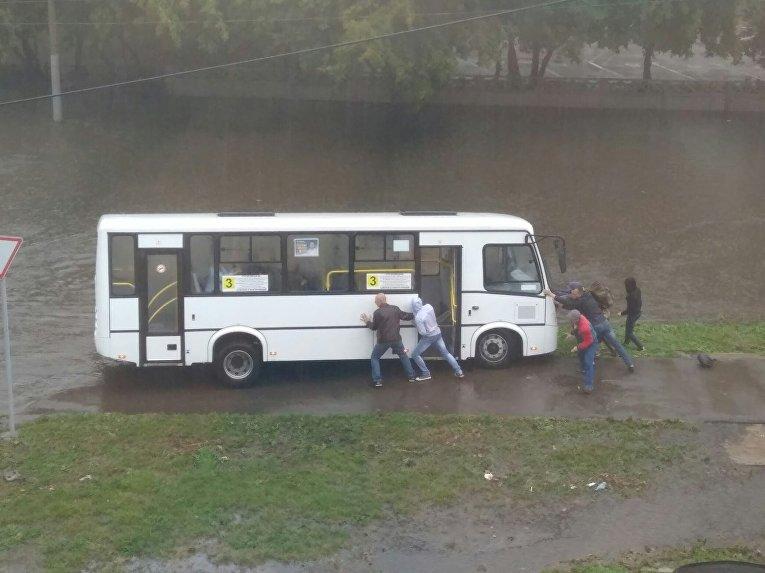 Красноярск затопило, введен режим ЧС