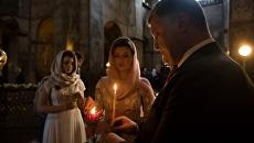 Порошенко с женой и детьми с утра помолился за Украину