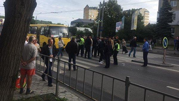 Протест сотрудников спиртзавода в Ивано-Франковске