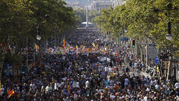 Многотысячная демонстрация в Барселоне