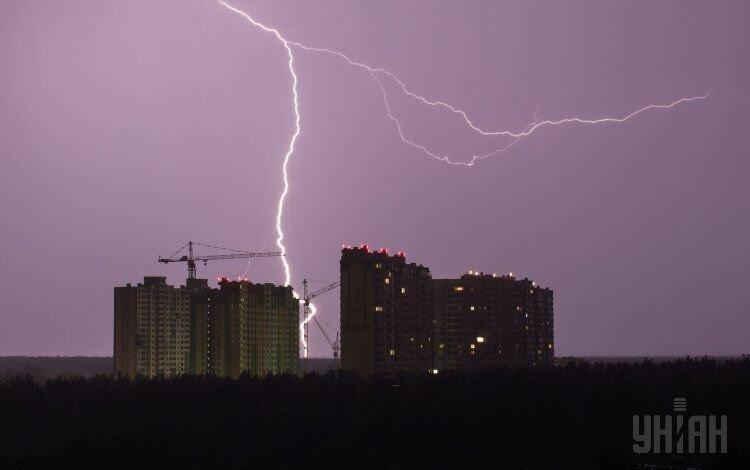 Ночная гроза в Киеве