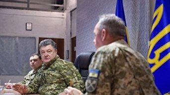 Президент Петр Порошенко на совещании по вопросам АТО в Краматорске