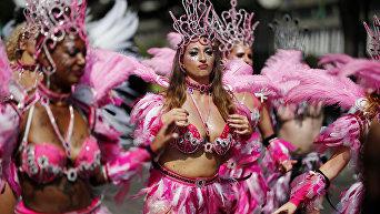 Красочный карнавал Notting Hill в Лондоне