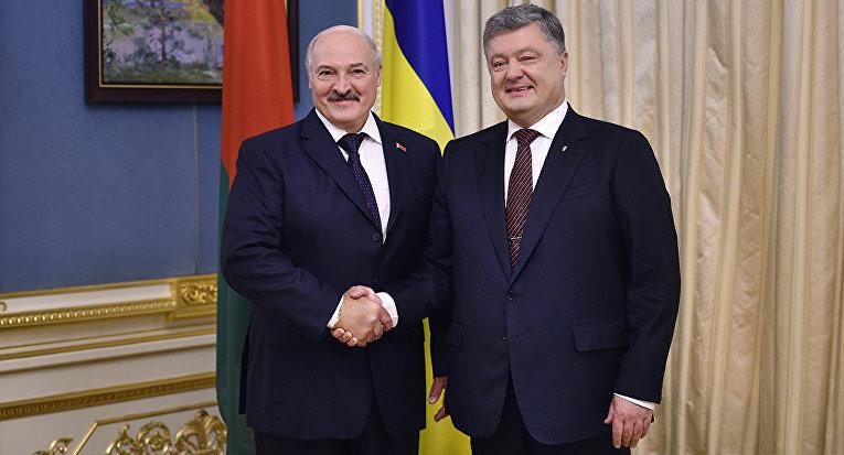 Президент Беларуси Александр Лукашенко и Президент Украины Петр Порошенко в Киеве