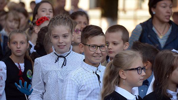 Школьники. Архивное фото