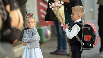 Школьники на улицах Киева