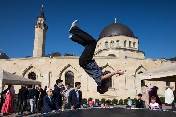 Мусульманский праздник Курбан-Байрам в мечети Ар-Рахма в Киеве