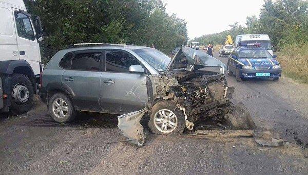«Opel» вылетел вкювет иперевернулся, автомобилист умер — Смертельное ДТП