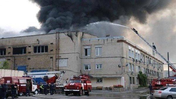 ВХарькове горело производственное сооружение