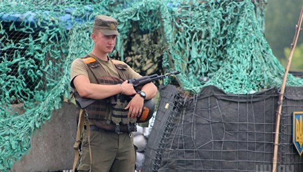 Военный в Донбассе
