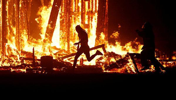 В США погиб мужчина на фестивале Burning Man