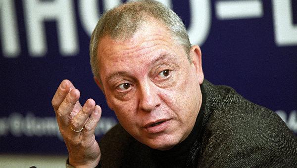 Максим Никулин