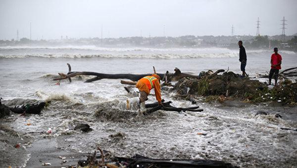 Последствия урагана Ирма на побережье Доминиканской Республики, в Пуэрто-Плата