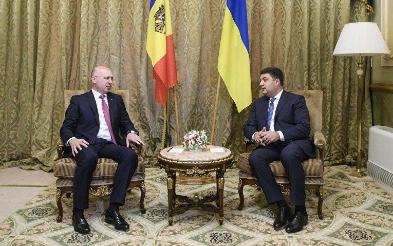 Премьер-министр Украины Гройсман встретился со своим молдавским коллегой Филиппом в Одессе