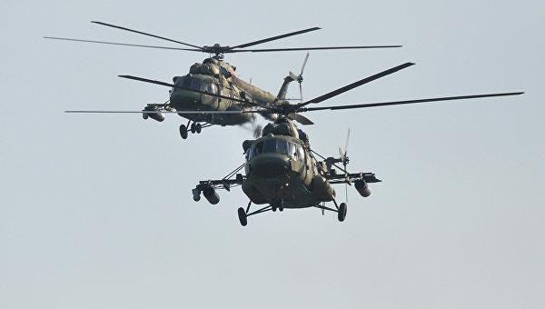 Подготовка к совместным учениям вооруженных сил России и Белоруссии Запад-2017. На фото - вертолеты Ми-8 ВВС Белоруссии